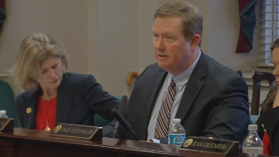 University of Louisville trustee Jody Prather put forward the no-confidence motion