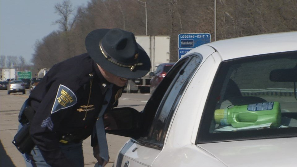 Sgt. Hensley talks to a driver