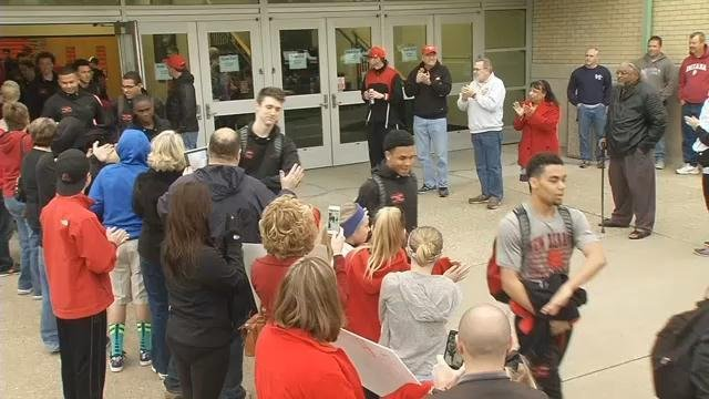 Members of the New Albany High School basketball departed for the state championship on March 25, 2015.
