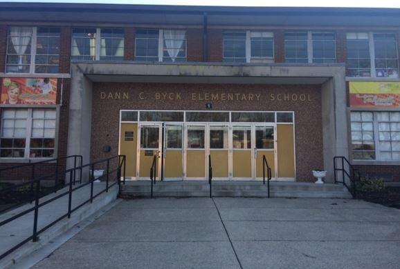 Byck Elementary School (WDRB file photo)