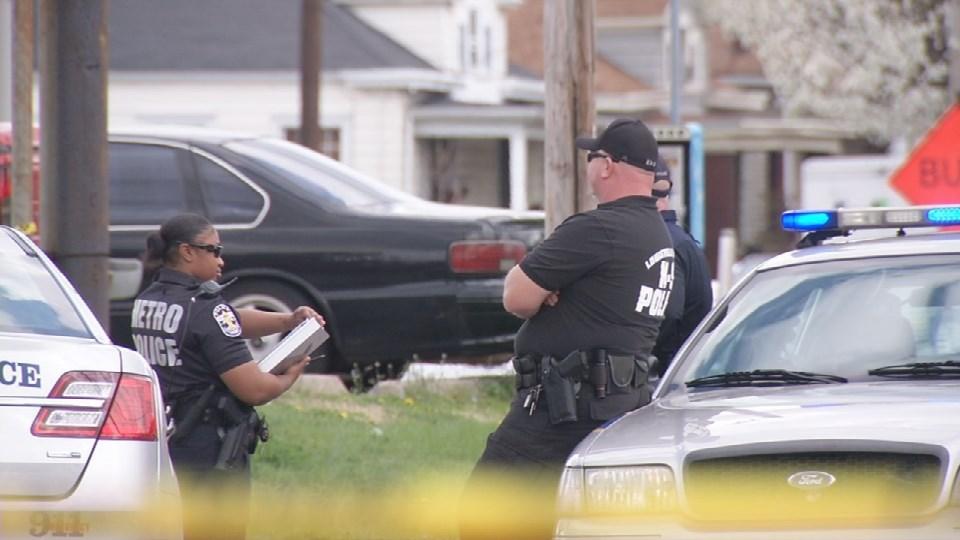 Shooting scene on East Oak Street in Louisville