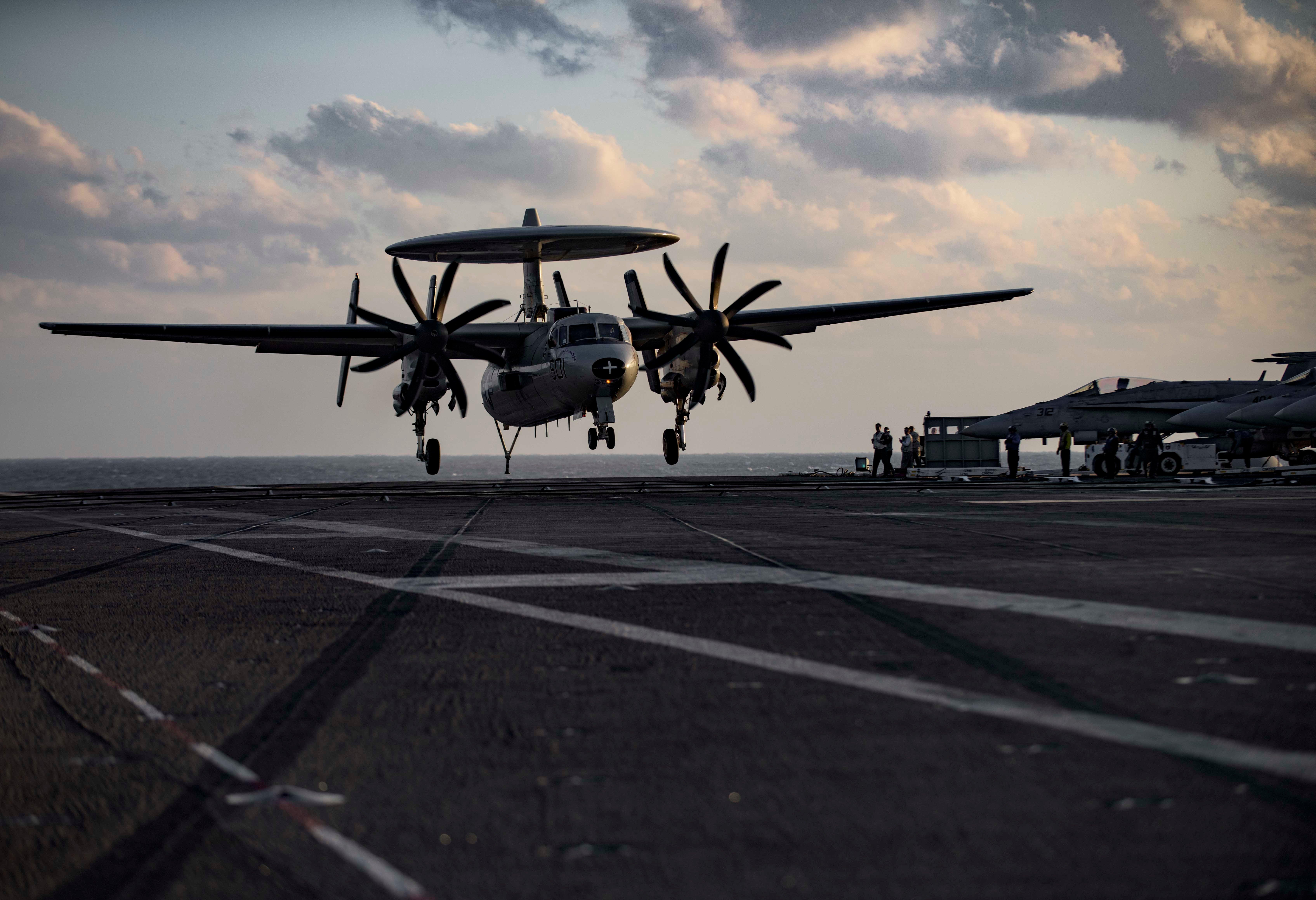 (U.S. Navy photo by Mass Communication Specialist 3rd Class J. Alexander Delgado/Released)