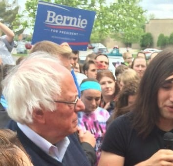 Bernie Sanders speaks in Elizabethtown, Ky., parking lot Saturday. Jessica Bard/WDRB News