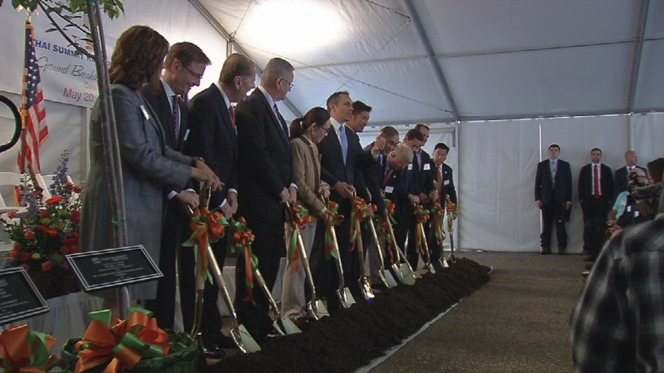 Ceremonial groundbreaking of Thai Summit Kentucky