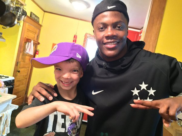Vikings quarterback, Teddy Bridgewater tweeted this photo with Obadiah Wednesday, with the hashtags #HeyTeddy and #Skolbadiah.