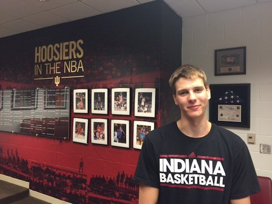 One year after walking away from a scholarship at Vermont, former Indiana all-star Zach McRoberts has walked-on to the Indiana basketball program.