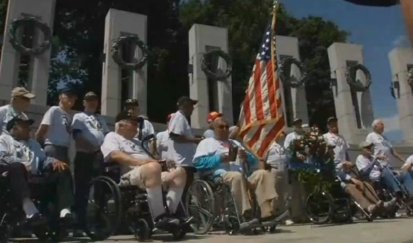 The honor flight veterans outside the World War II veterans on June 7, 2016 (Photo by Beth Peak, WDRB News)