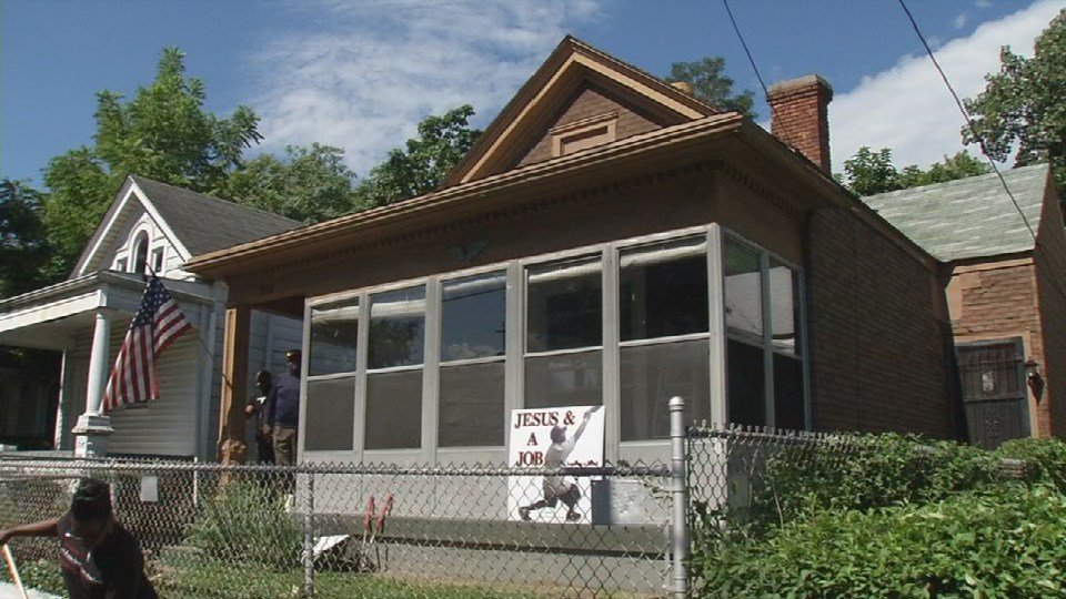 Louisville home being renovated by Jesus and a Job workers.