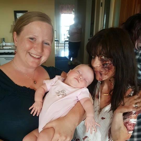 Morgan Compton, Tina Mills' daughter, poses with actress Selma Blair.