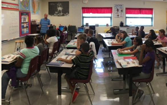 A fifth grade classroom at Jacob Elementary School on Aug. 15, 2016 (Photo by Toni Konz, WDRB News)