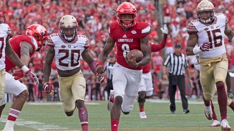 Lamar Jackson has the end zone in sight during his final TD run against Florida State. (WDRB photo by Eric Crawford)