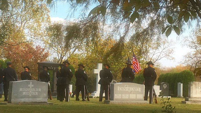 Graveside services for LMPD Det. Jason Schweitzer (Photo by Toni Konz, WDRB News)