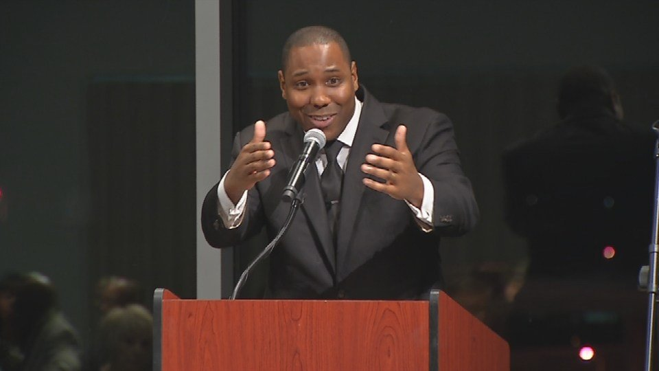 WDRB's Gilbert Corsey hosted Friday's event.