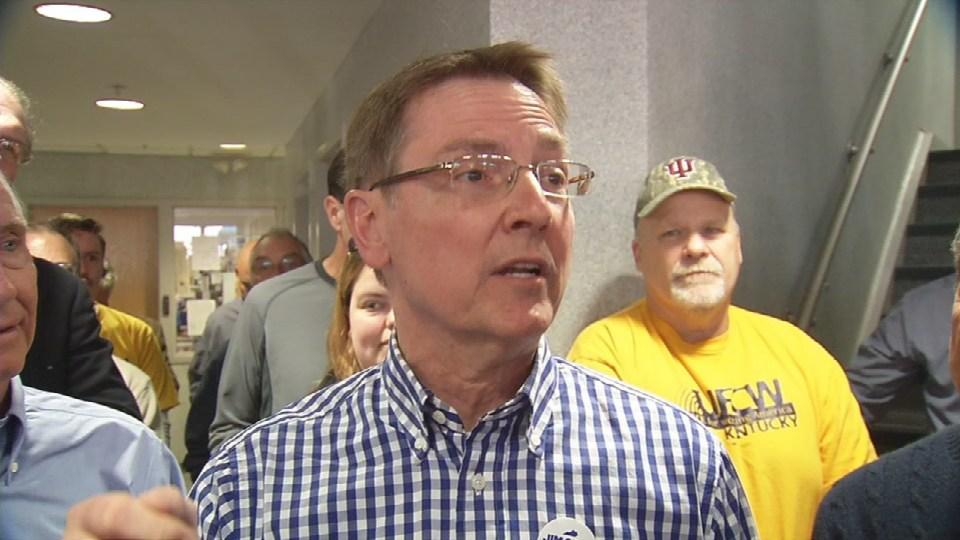 Lexington Mayor Jim Gray rallies support at Louisville union hall