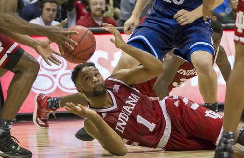 James Blackmon scrambles for a loose ball. (AP photo)