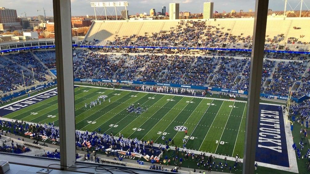 Commonwealth Stadium just before kickoff on Saturday.