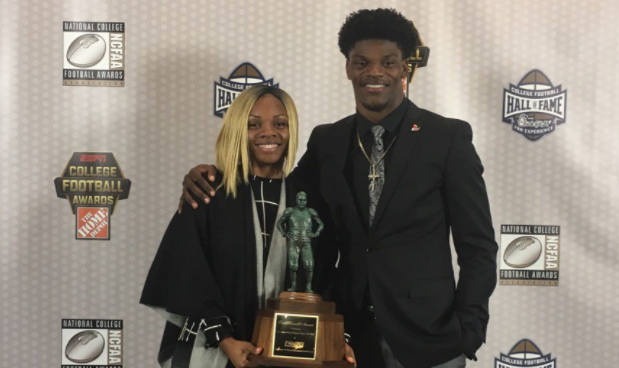 Lamar Jackson with his mother, Felicia Jones. (Photo courtesy of Louisville Athletics Twitter)