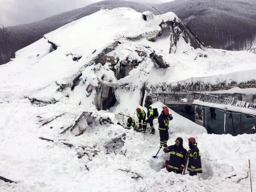 (Italian Firefighters/ANSA via Italian Firefighters). Italian firefighters search for survivors after an avalanche buried a hotel near Farindola, central Italy, Thursday, Jan. 19, 2017.