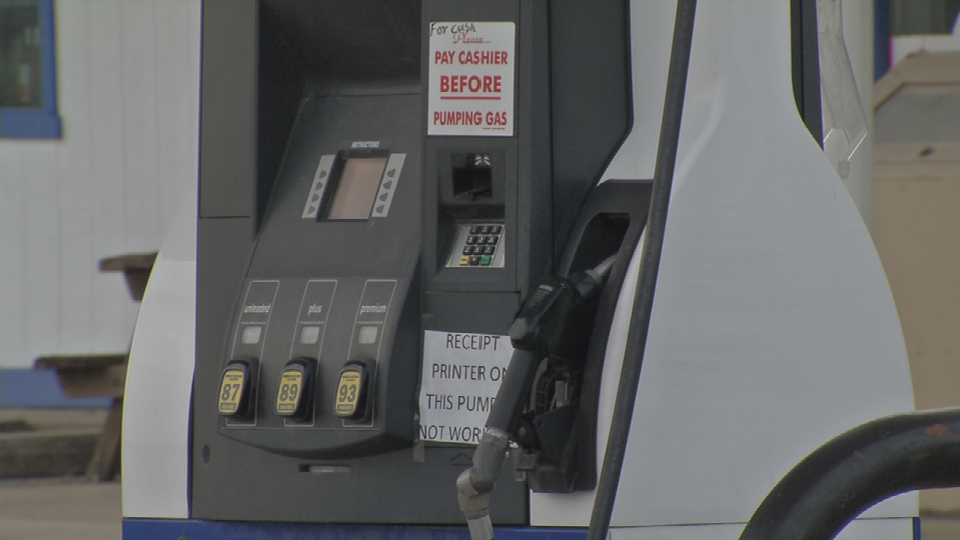 Spencer Co. gas station targeted by scammers.
