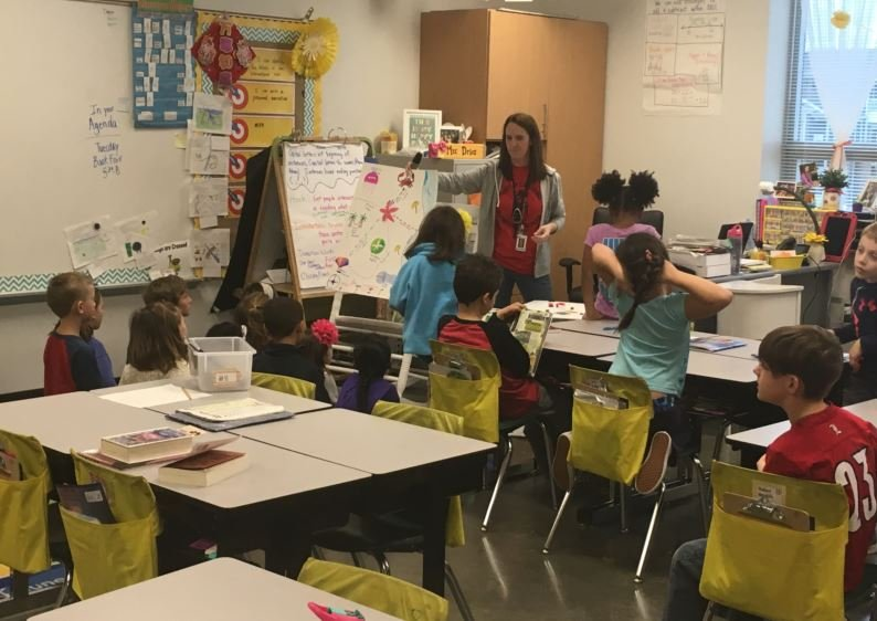 A Norton Commons Elementary School teaches in her classroom on March 20, 2017. (Photo by Toni Konz, WDRB News)