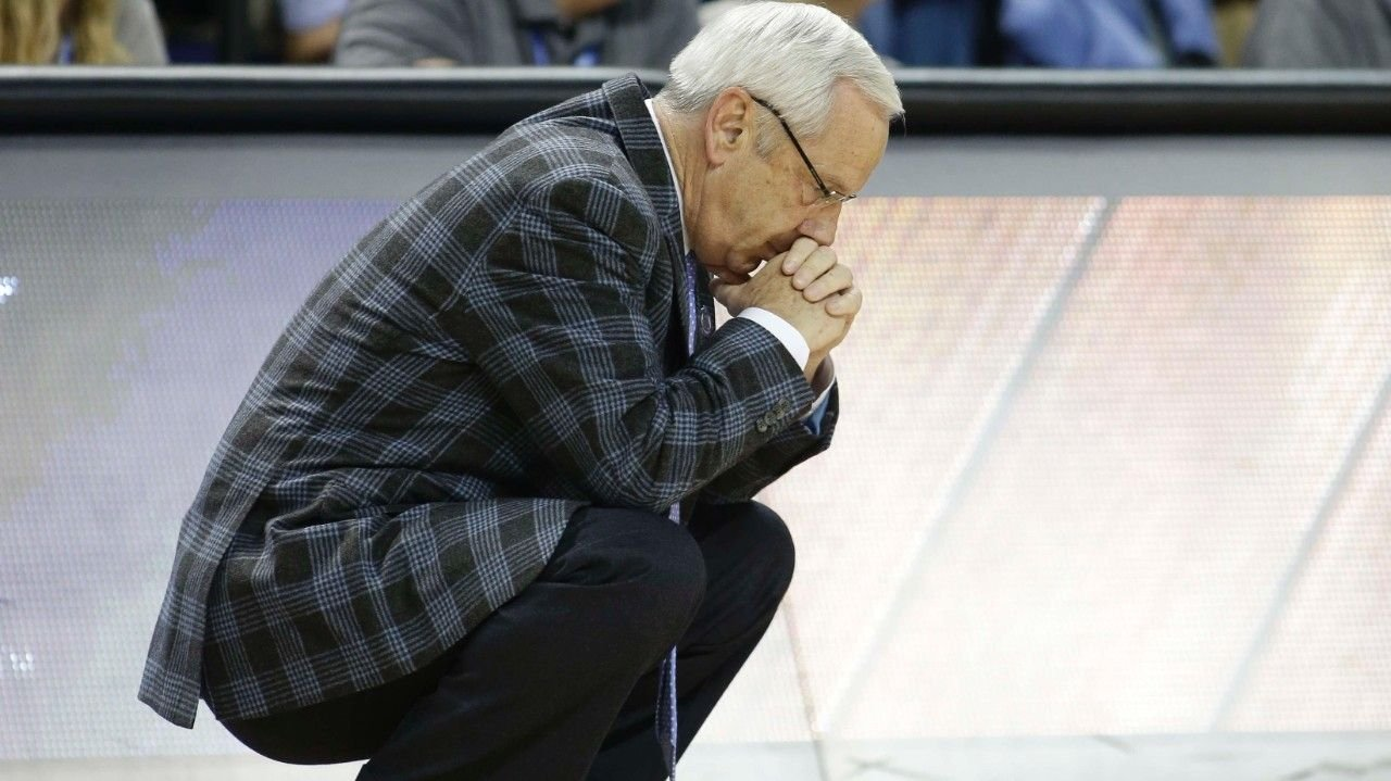 North Carolina coach Roy Williams (AP photo)