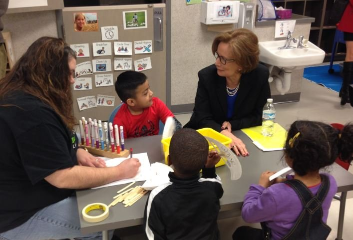 Superintendent Donna Hargens visits the George Unseld Early Childhood Center in January 2016. (Photo by Toni Konz, WDRB News)