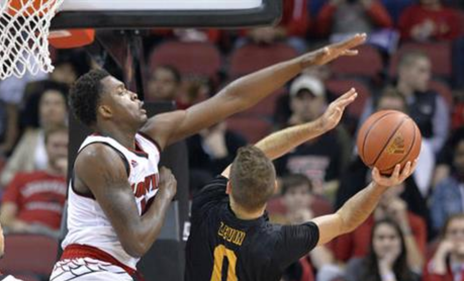 Jaylen Johnson (left) will forego his final season at Louisville for pro basketball. (AP photo)