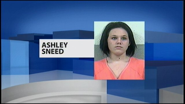 20-year-old Mother Ashley Sneed, charged with criminal abuse
