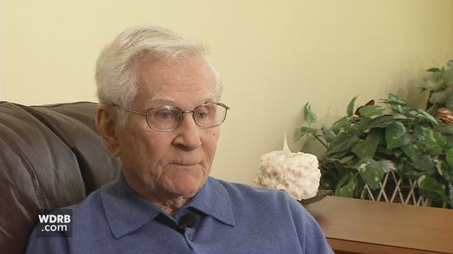 Elderly Louisville man with rare lung cancer cured after treatment with breakthrough drug