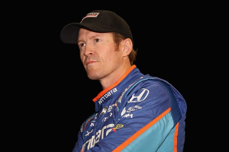 Scott Dixon of New Zealand, driver of the #9 Chip Ganassi Racing Honda on the grid before qualifying for the Desert Diamond West Valley Phoenix Grand Prix April 28, 2017 in Avondale, Arizona. (Photo by Christian Petersen/Getty Images)