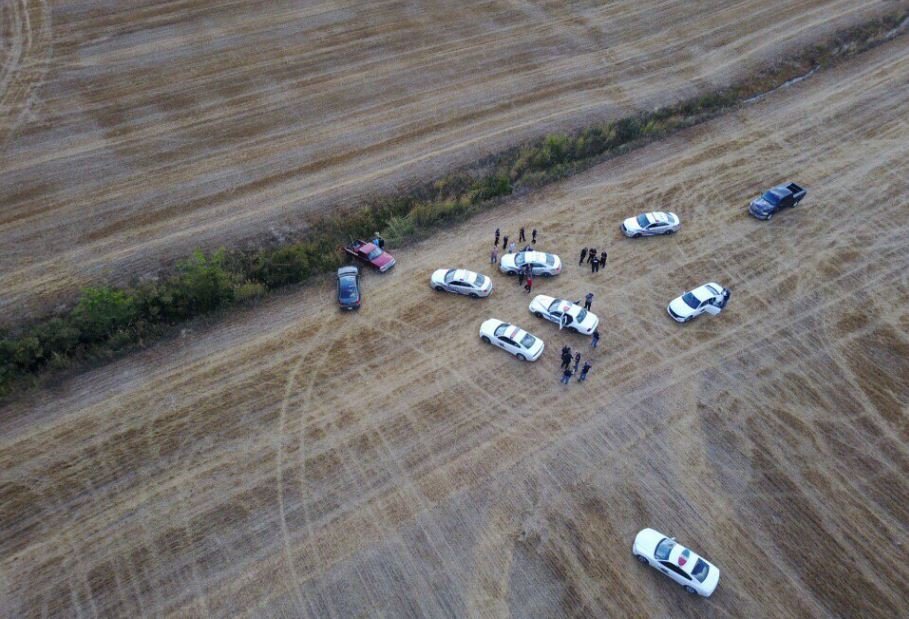 Man leads authorities on dramatic chase through cornfield in southern Indiana