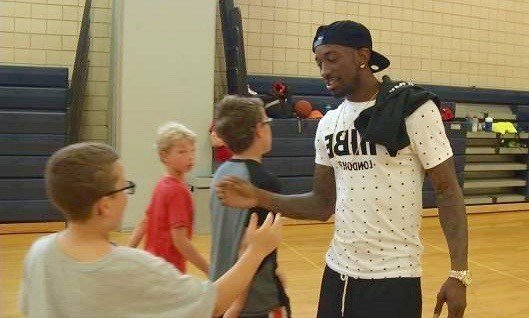 Russ Smith talks to kids at a camp in Louisville. (WDRB photo by Eric Crawford)