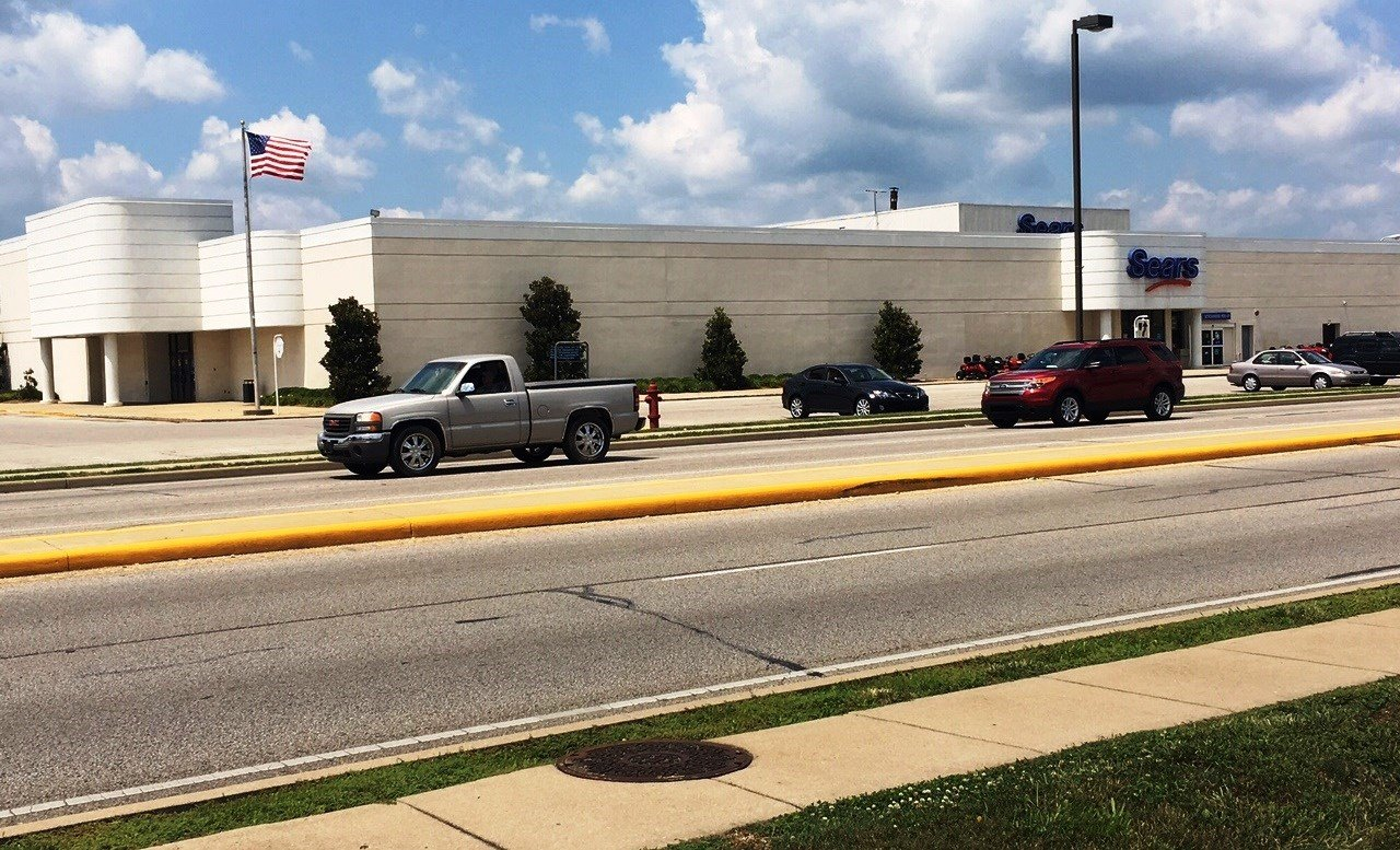 The Sears at Green Tree Mall in Clarksville, Ind. will close in October.