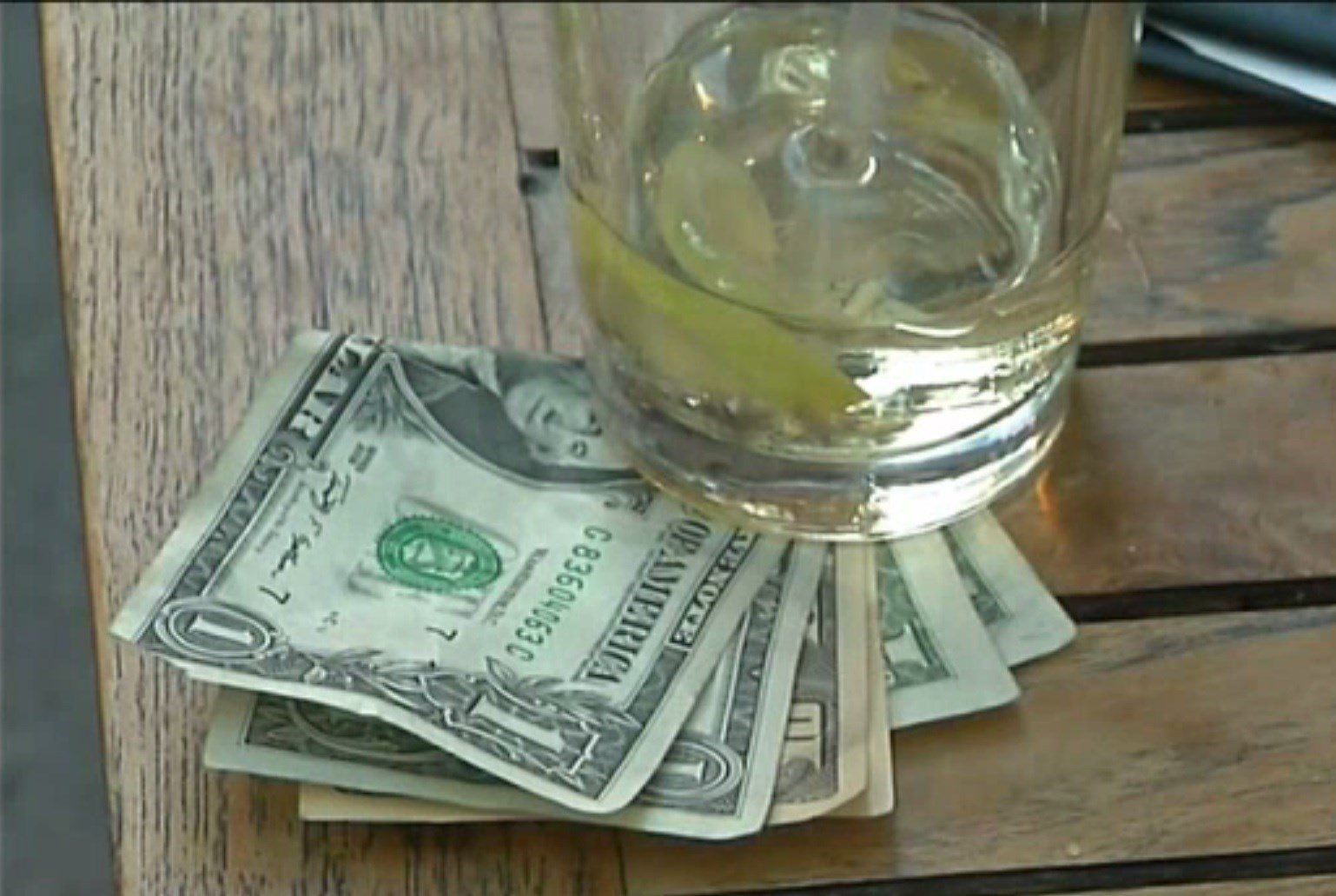 This New Poll Just Revealed Who America's Best Tippers Are