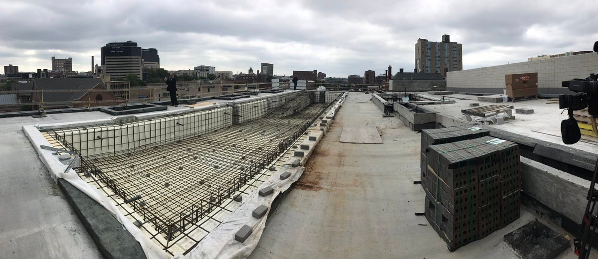 Omni Louisville rooftop pool construction