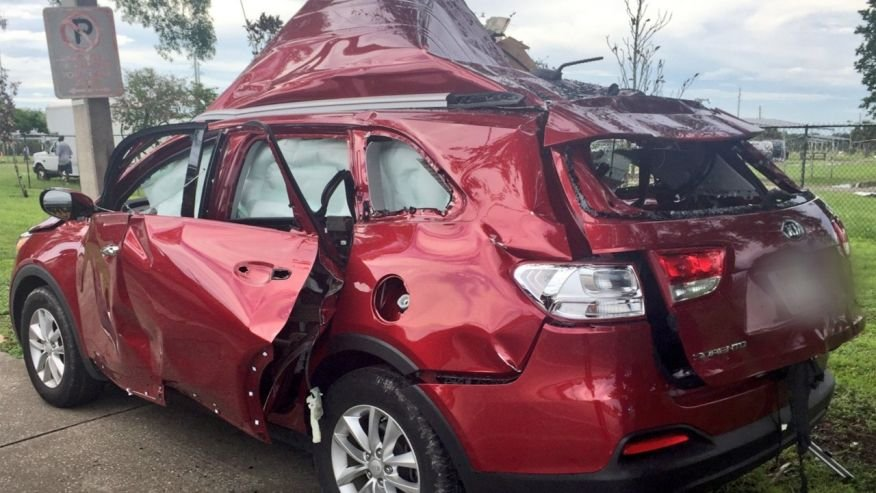 Propane tank explodes in SUV when passenger lights cigarette, police say