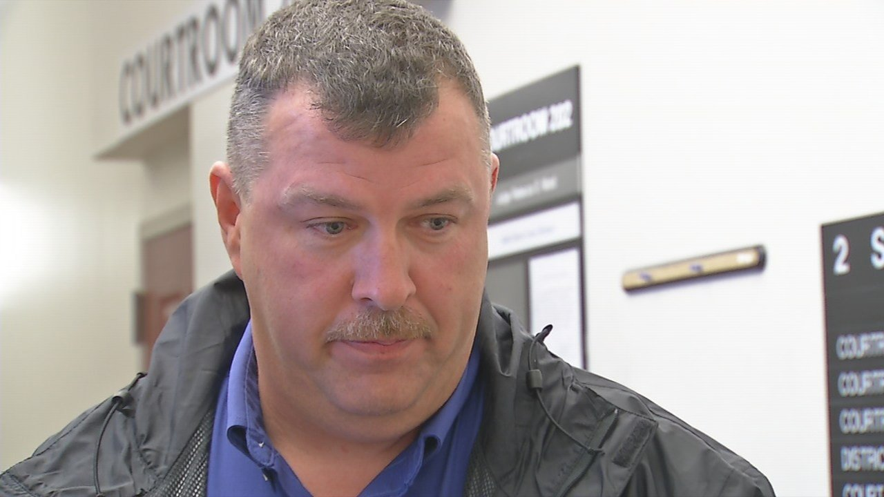 A Bullitt County prosecutor has dropped forgery charges against former Chief Deputy Sheriff John Cottrell.