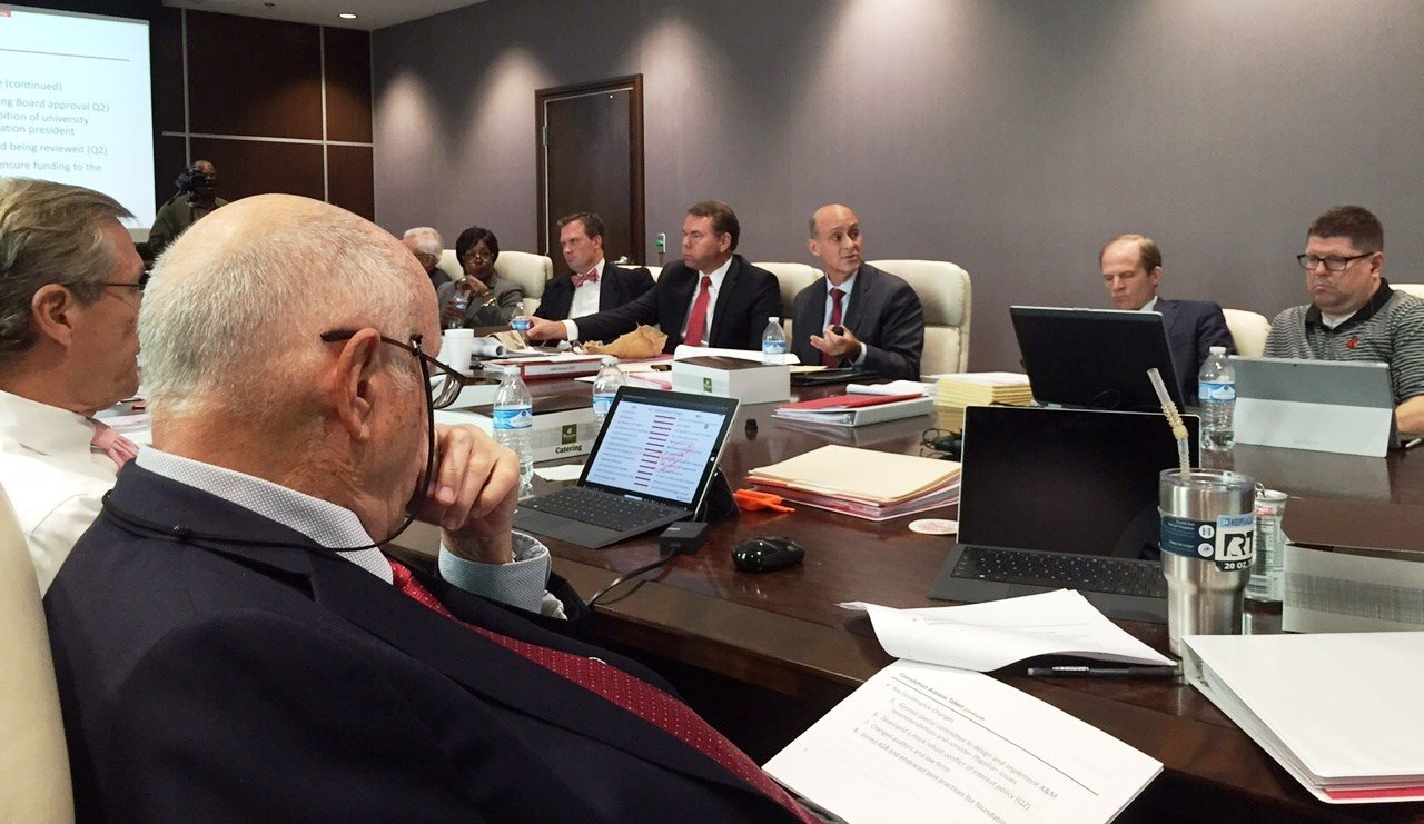 University of Louisville Foundation interim executive director Keith Sherman, center, briefs the board on Thursday, Sept. 28, 2017.