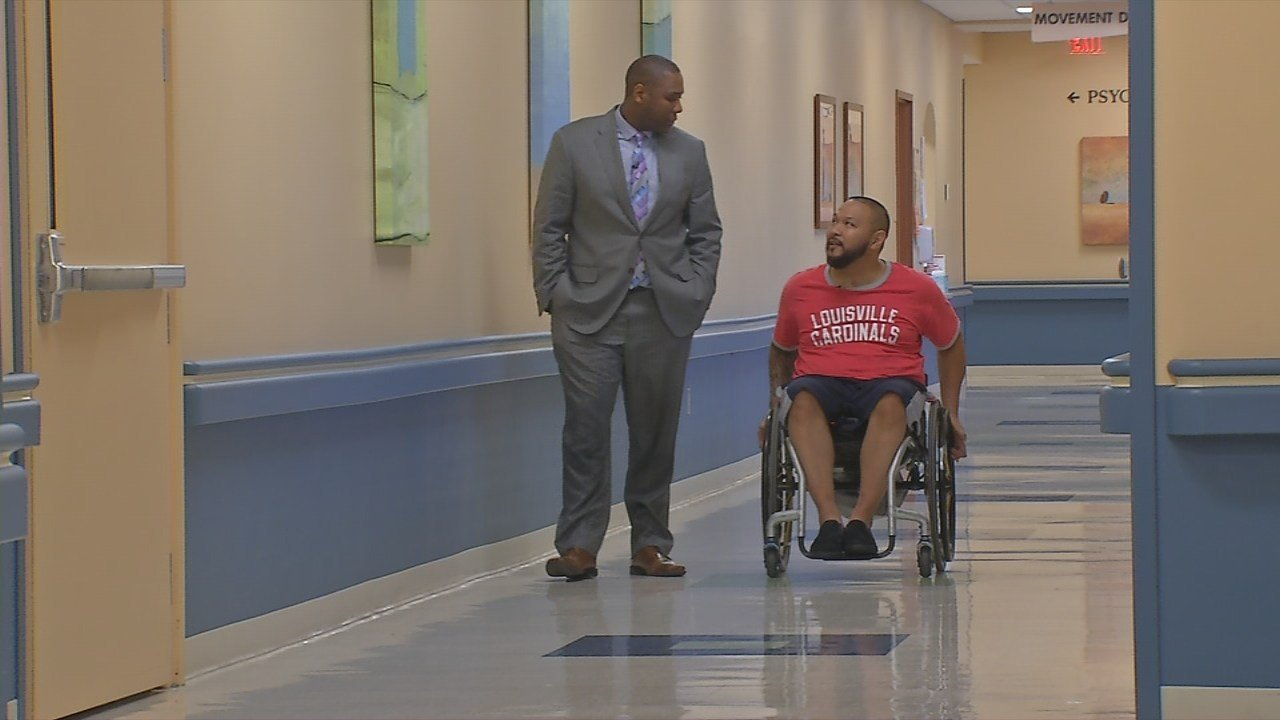 U of L spinal cord researchers help paralyzed Louisville man lea