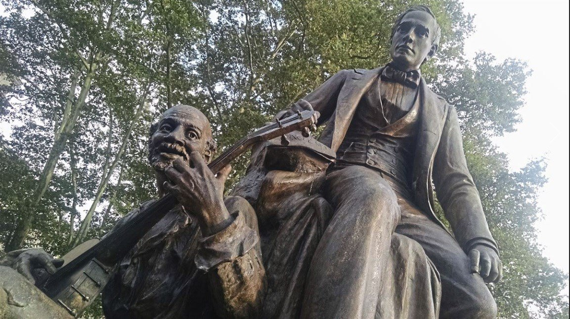 "A statue of ""My Old Kentucky Home"" songwriter Stephen Foster was removed from a Pittsburg Park over concerns of racism."