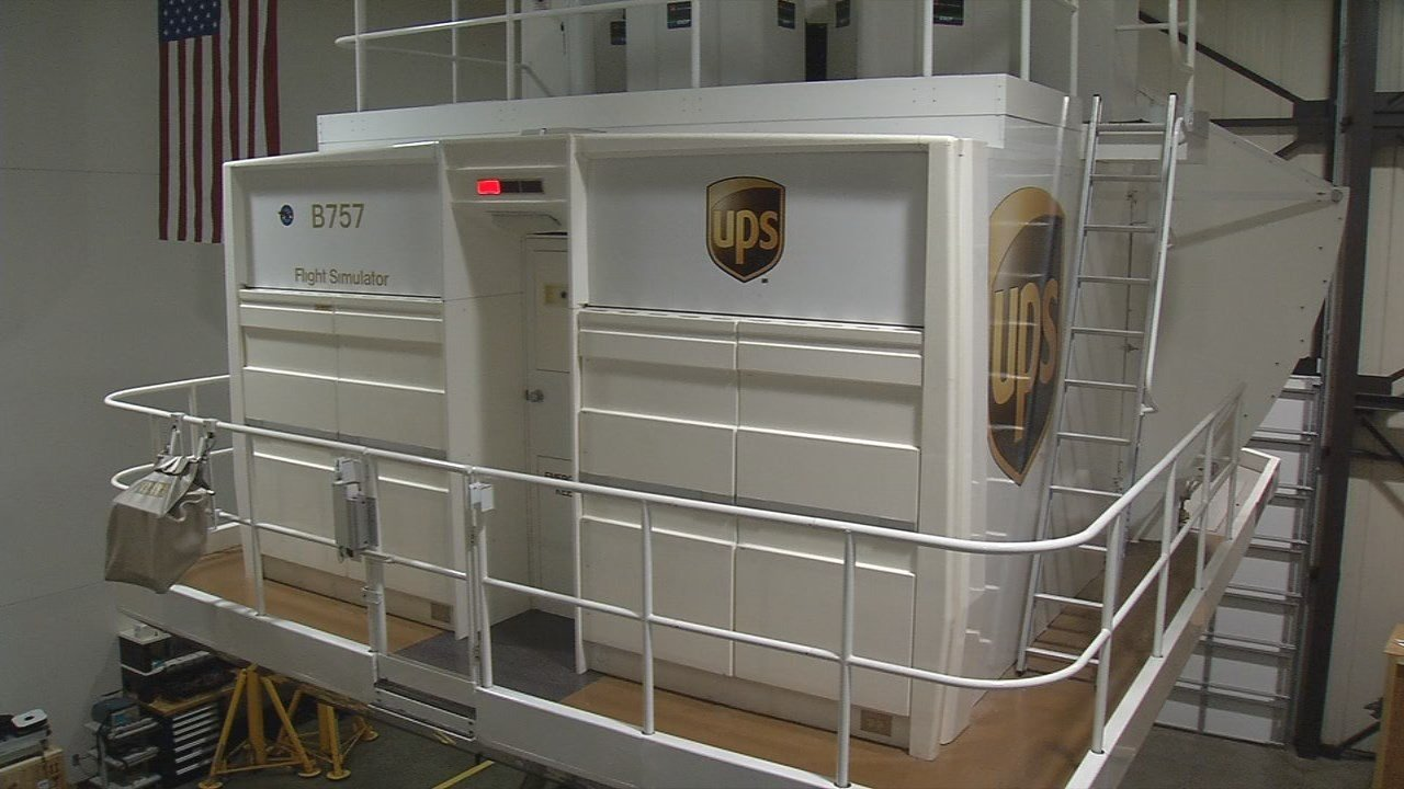 A picture of a UPS flight simulator used to train pilots.