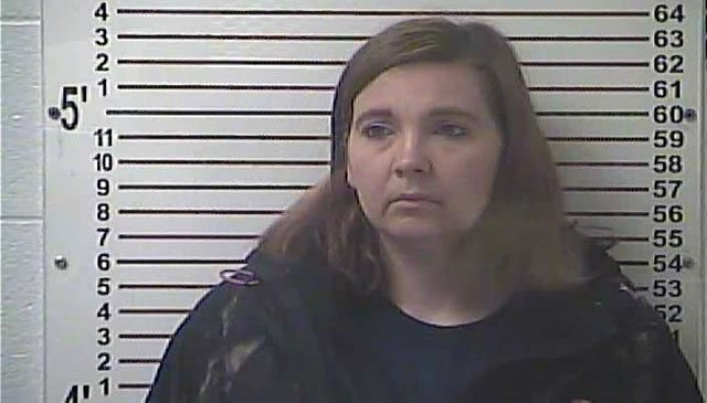 Lisa Davis (Source: Hardin County Detention Center)