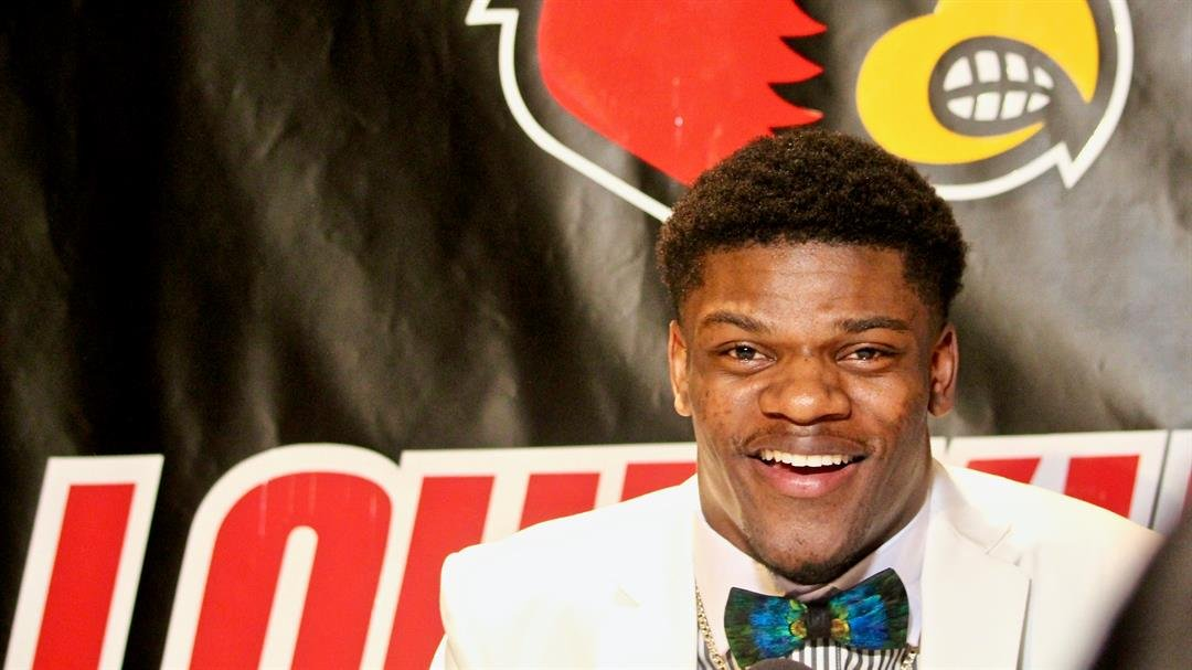 Lamar Jackson answers questions from Louisville media before the announcement. (WDRB photo by Eric Crawford)