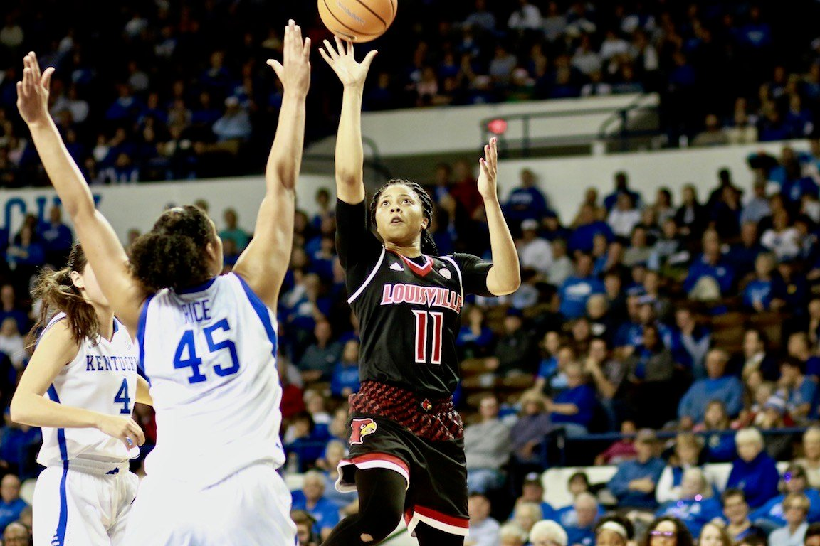Arica Carter had 11 points and 8 assists in Sunday's win at Kentucky (WDRB photo by Eric Crawford)