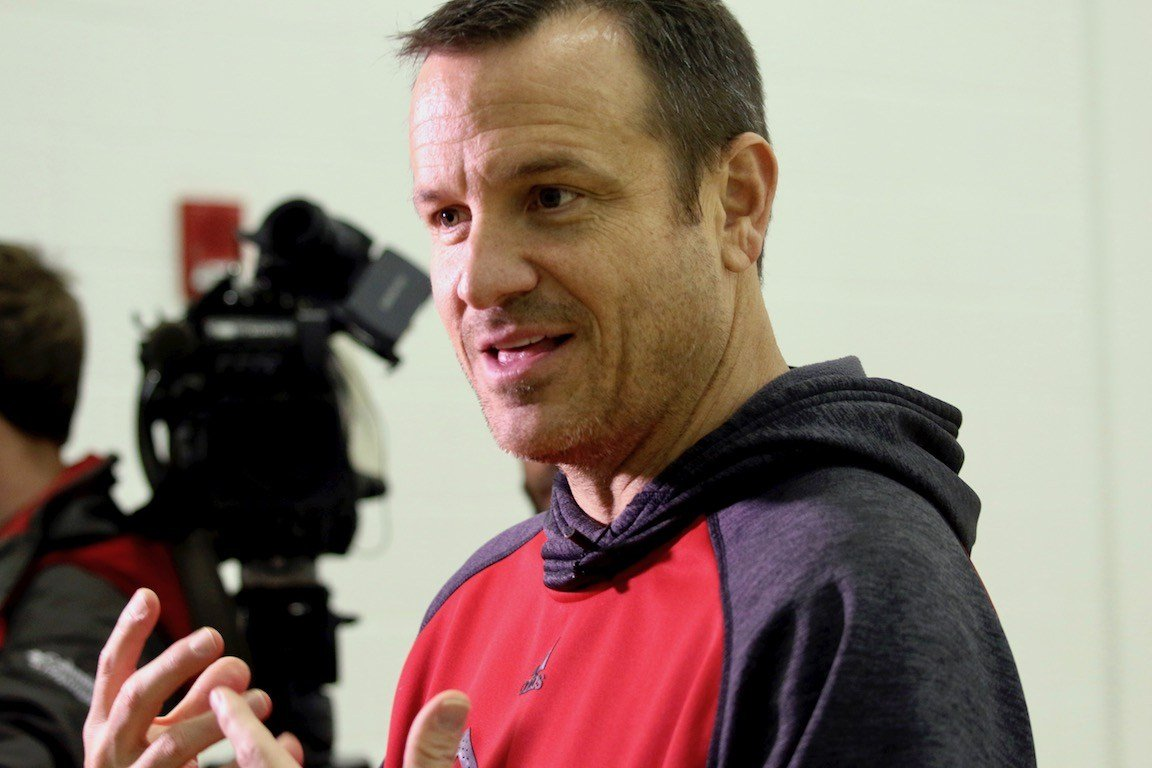 Jeff Walz speaks with reporter to preview Thursday's game against Duke. (WDRB photo by Eric Crawford)