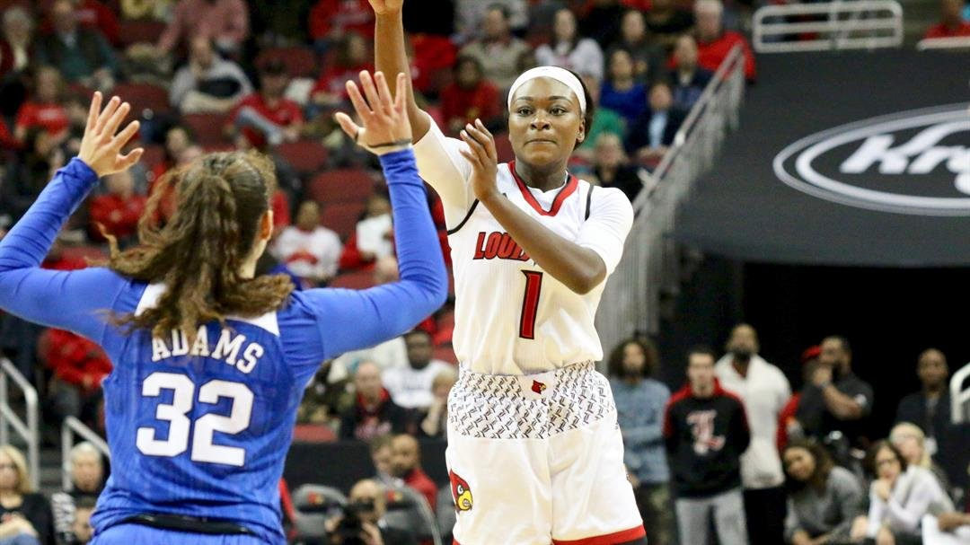 Dana Evans throws a pass in the first half of Louisville's win Thursday over Duke (WDRB photo by Eric Crawford)