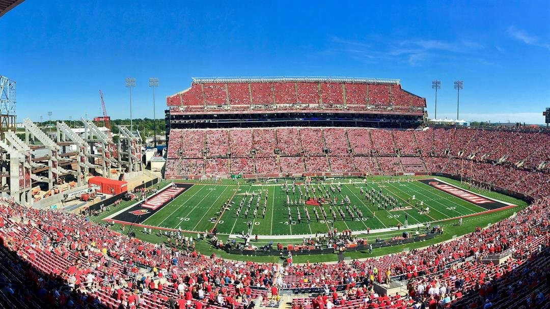 The crowd before Louisville's second home game of the 2017 season, Sept. 23, against Kent State (WDRB photo by Eric Crawford)
