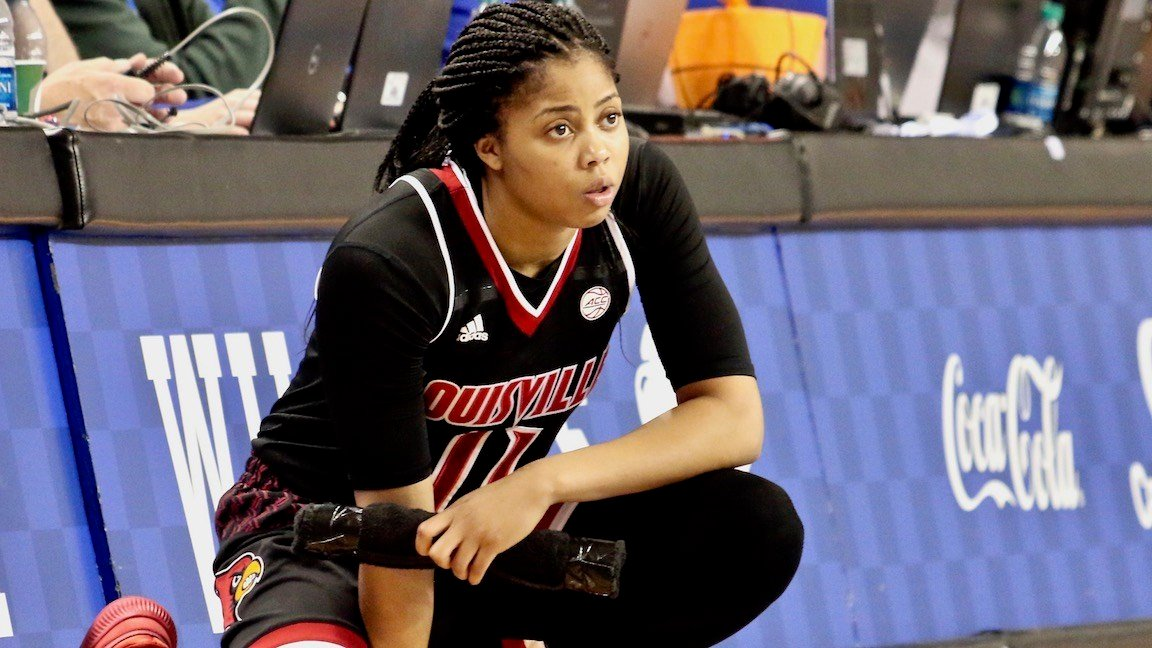 Arica Carter had 14 points and five assists to help lead Louisville past North Carolina on Saturday. (WDRB photo by Eric Crawford)