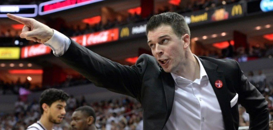David Padgett's team has moved on the outside of the NCAA Tournament field at several bracket projection sites. (AP photo)