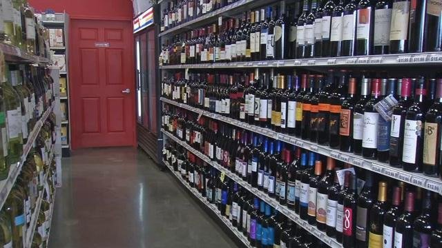 Hoosiers buy alcohol for first time on a Sunday